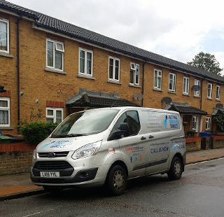 Clearing blocked drains at terraced house in Anstey Road, Peckham Rye SE15